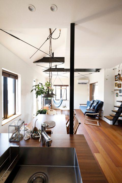 戸建てリノベ、2世帯、リノベーション、スタイル工房、梁、ブレス、吹き抜け、ハンモック