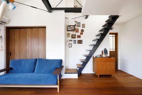 戸建てリノベ、2世帯、リノベーション、スタイル工房、固定式階段、ロフト、リビング収納、吹き抜け
