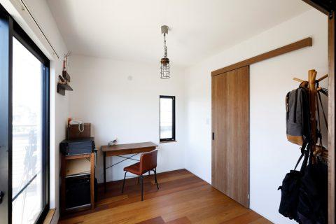 戸建てリノベ、2世帯、リノベーション、スタイル工房、将来の子ども部屋、洋室