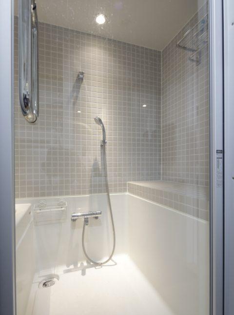 マンションリノベーション、東京リノベ、浴室ハーフユニット、浴室タイル、ホテルライク浴室