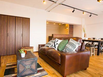 「リノデュース」のマンションリノベーション事例「無垢材の床が心地よい、自然体のマンションリノベーション」