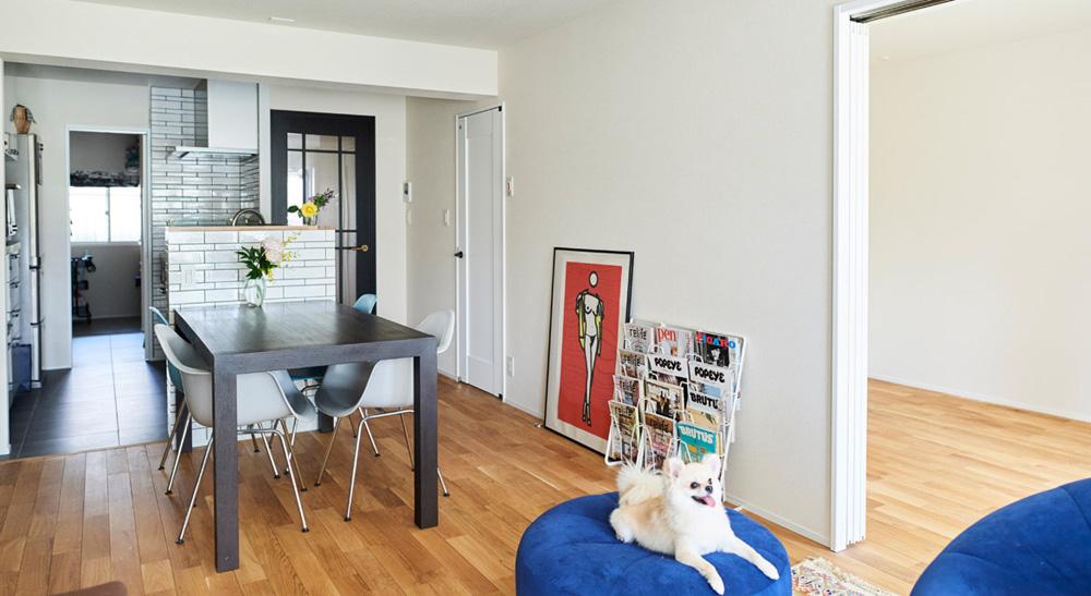 マンションリノベーション、インテリックス空間設計、対面キッチン、サブウェイタイル、犬と暮らす