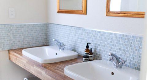 マンションリノベーション、インテリックス空間設計、2ボウル洗面台、ホテルのような洗面台、ガラスタイル