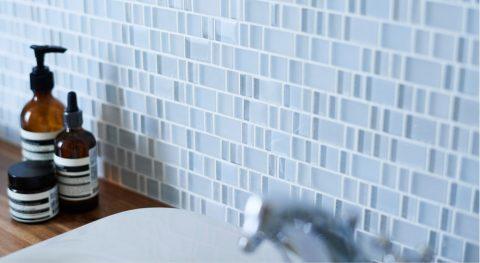 洗面、タイル張り、ガラスタイル、インテリックス空間設計、リノベーション