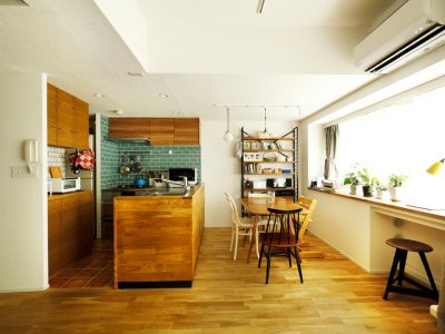 「スタイル工房」のマンションリノベーション事例「憧れの室内窓やアクセントカラーで、イメージ通りの世界観に!」