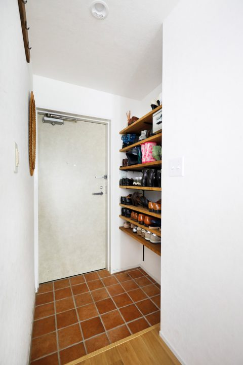 マンションリノベーション、スタイル工房、玄関、玄関収納、オープン棚、見せる収納