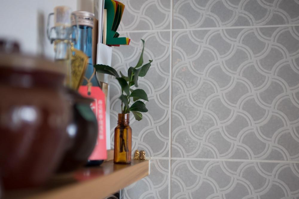 マンションリノベーション,ハンズデザイン一級建築士事務所,キッチン,タイル壁,植物