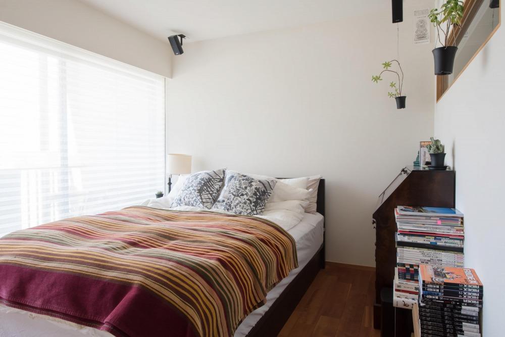 マンションリノベーション,ハンズデザイン一級建築士事務所,寝室,室内窓,明るい