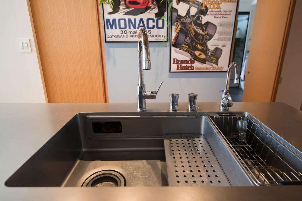 マンションリノベーション,ハンズデザイン一級建築士事務所,キッチン,2槽式シンク,スタイリッシュ