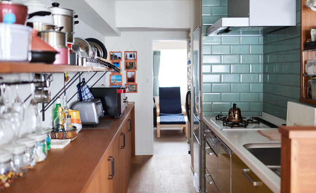 マンションリノベーション,インテリックス空間設計,キッチン,タイル壁,オープン収納