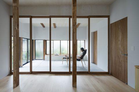 戸建てリノベーション、ツドウデザインスタジオ、ガラス引き戸、インナーテラス、アトリエ