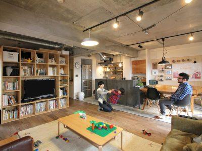 「フィールドガレージ」のマンションリノベーション事例「ロフトや回遊型クローゼットに遊び心満載!クラフト感あふれるマンションリノベーション」