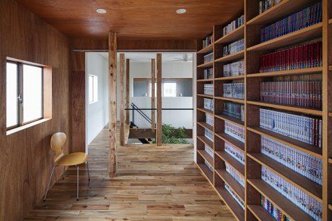 戸建てリノベーション、ツドウデザインスタジオ、読書室、造作本棚、ウッディ空間