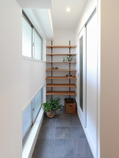 玄関、土間、床、タイル、靴、収納、住工房、リノベーション