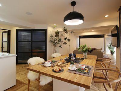 「住工房株式会社」のマンションリノベーション事例「招く家をテーマに。ゲストと楽しむ空間リノベーション。」