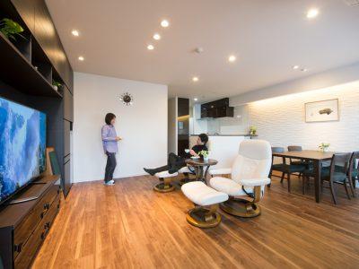 「野村不動産パートナーズ」のマンションリノベーション事例「スタイリッシュな贅沢空間。ふたりの暮らしに合わせたマンションリノベーション」