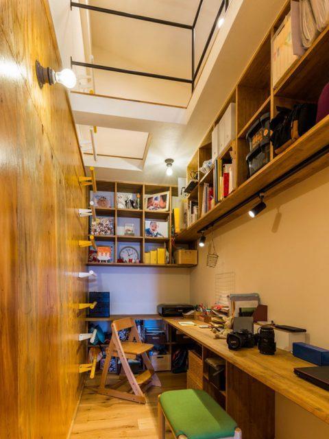 ハコリノベ,マンションリノベーション,書斎,ロフト,木の壁