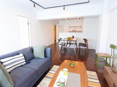 「リノデュース」のマンションリノベーション事例「レトロな昭和風マンションから、ヴィンテージの薫り漂うモダン空間へフルリノベーション」