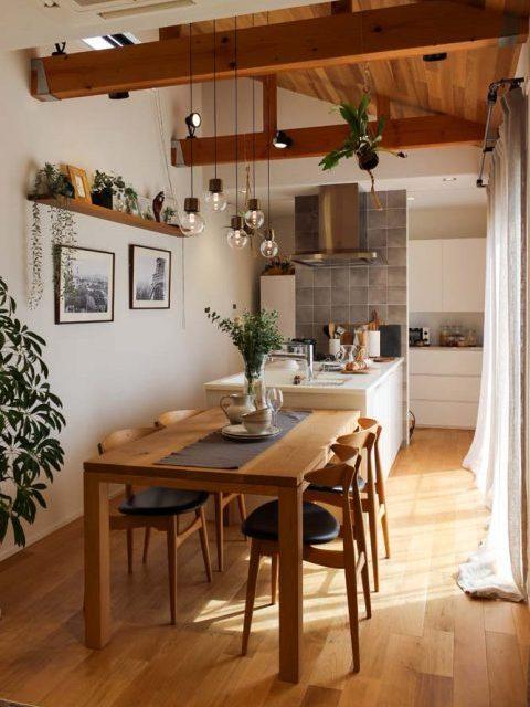 戸建てリノベーション、住工房、勾配天井、ナチュラルカラー