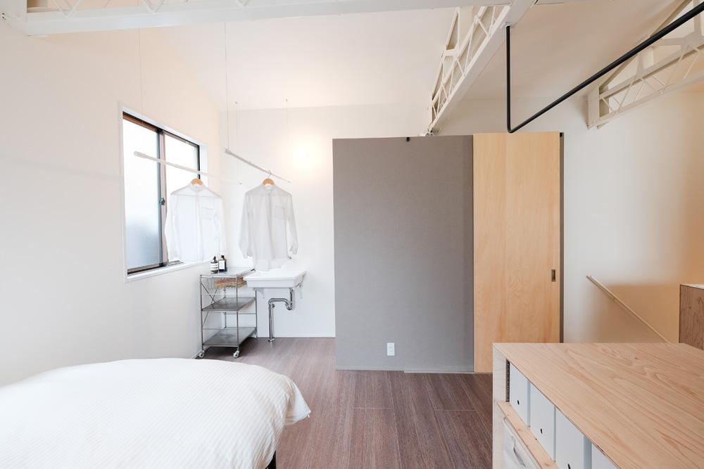 +Marchitects(プラスエム・アーキテクツ),戸建リノベーション,寝室,ランドリー,トイレ、実家リノベ