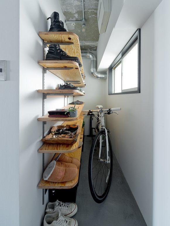 ハコリノベ(SUN REFORM),マンションリノベーション,玄関,自転車,モールテックス、玄関収納