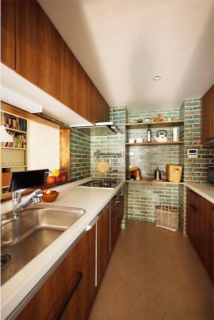 インテリックス空間設計,実家リノベーション,キッチン,タイル壁,柄タイル