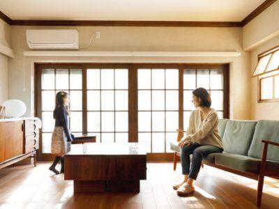 「インテリックス空間設計」の戸建リノベーション事例「子育て家庭のためのアイデア満載!築46年の実家を北欧ビンテージ感あふれる住まいにフルリノベ」