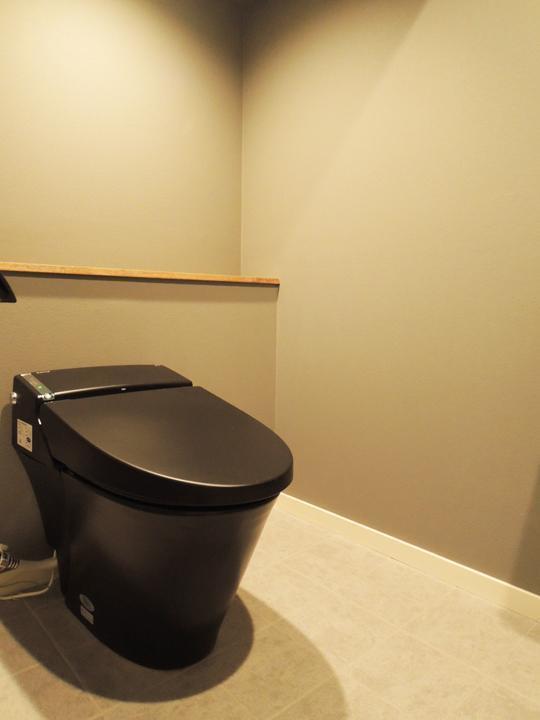 錬,マンションリノベーション,トイレ,サニタリー,黒いトイレ