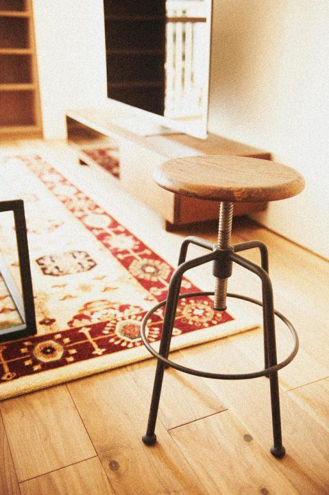マンションリノベーション、ゼロリノベ、カフェスタイル、丸椅子、カウンターチェア