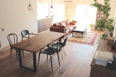 マンションリノベーション、ゼロリノベ、カフェスタイル、ゆったりソファ、不揃いな椅子