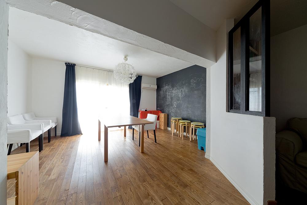 GLADDEN,戸建リノベーション,アトリエ,黒板,アイアン