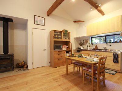 「住工房株式会社」の戸建リノベーション事例「平屋で暮らす。DIYと好きな自然素材を取り入れたリノベーション。」