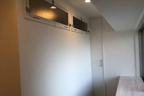 マンションリノベーション、アートテラスホーム、玄関室内窓、開閉式室内窓、玄関収納