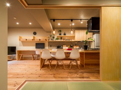 「株式会社駿河屋」のリノベーション事例「アイランドキッチンで空間をのびのび使う!自然素材が心地よいマンションリノベーション」