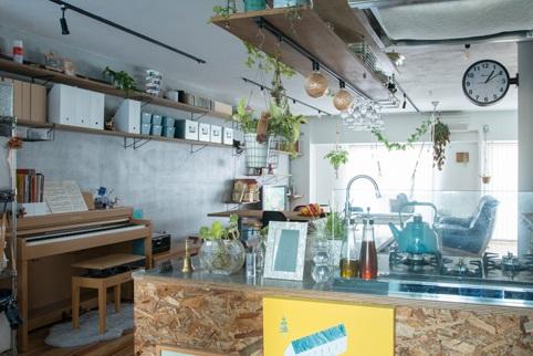 マンションリノベ、ハコリノベ、オープンキッチン、対面キッチン、カウンターキッチン