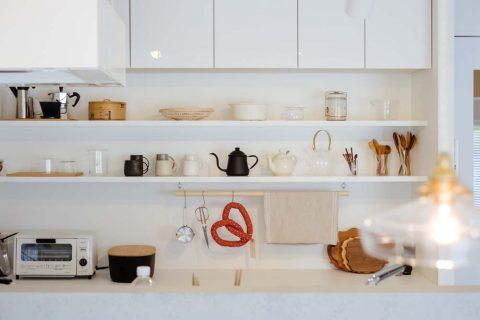 マンションリノベーション、リノデュース、キッチン背面、キッチン収納、見せる収納