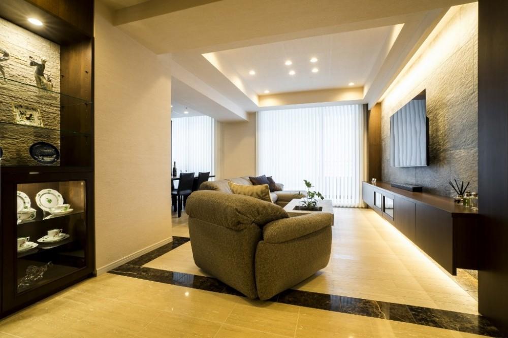 マンションリノベーション、クオリア、大理石床、折り上げ天井、フロートテレビボード