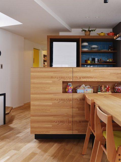 マンションリノベーション、スタイル工房、メゾネットタイプ、キッチンカウンター、収納、対面キッチン