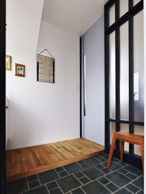 マンションリノベーション、スタイル工房、メゾネットタイプ、玄関、土間、タイル床、土間タイル、
