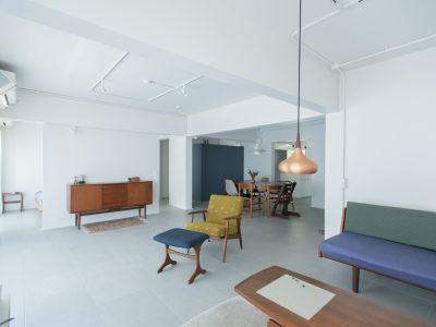 「ゼロリノベ」のマンションリノベーション事例「北欧家具の映える部屋に。フルリノベでデンマークの暮らしを再現」