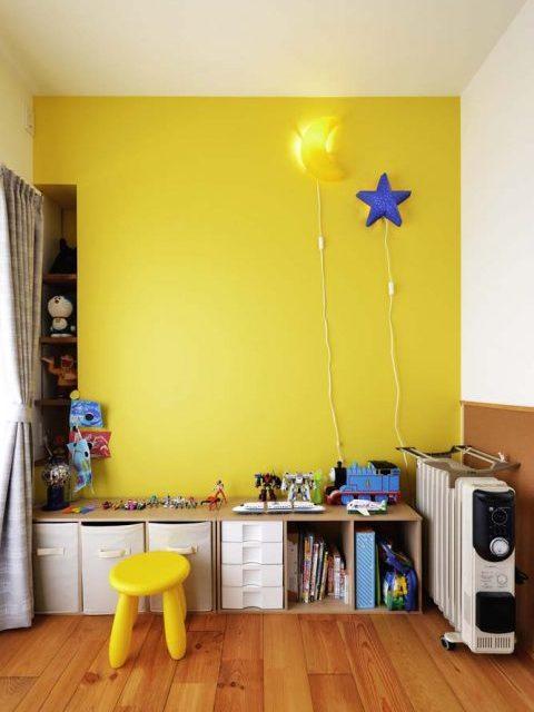 スタイル工房、マンションリノベーション、子ども室、アクセントクロス、黄色い壁紙