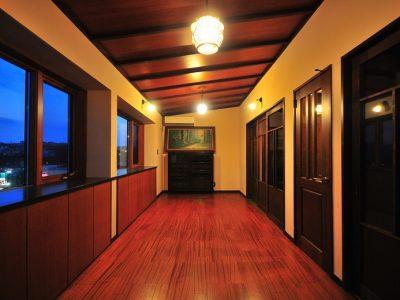 「アートテラスホーム株式会社」の戸建リノベーション事例「ヴィンテージ家具と調和する住まいに。築43年の自邸リノベーション」