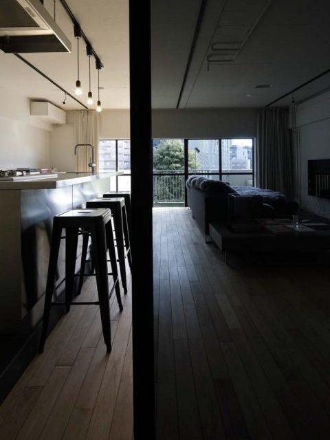マンションリノベーション、東京リノベ、ガラス引き戸、カラーガラス、間仕切りドア