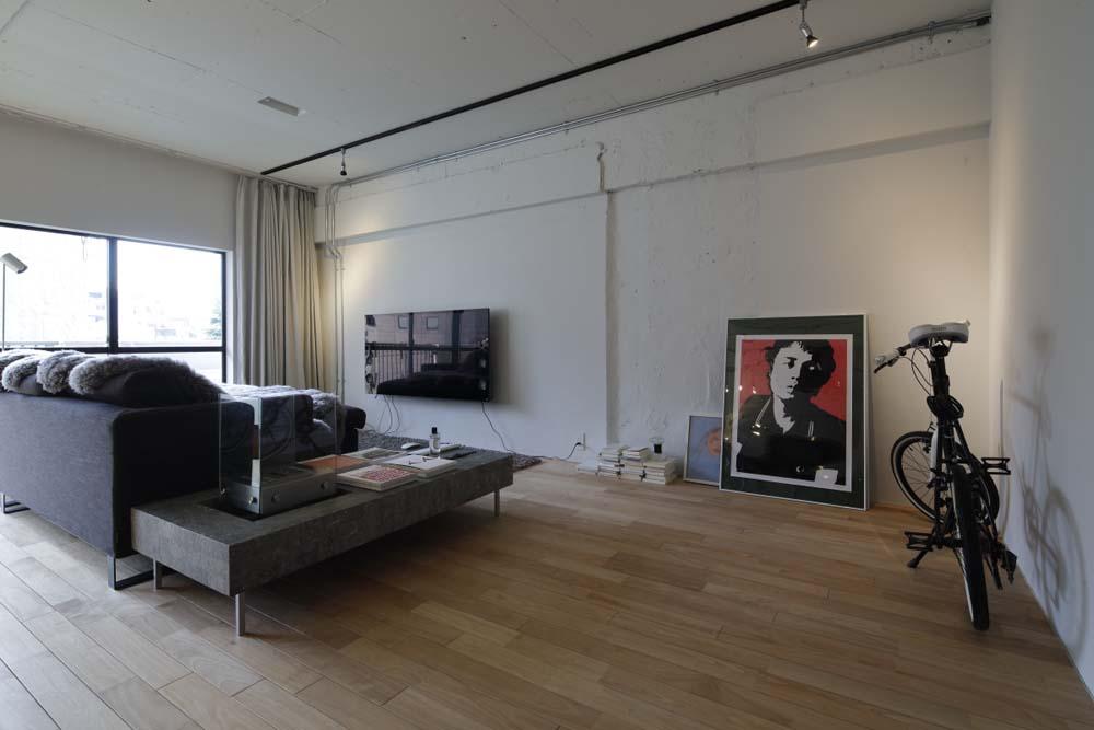 マンションリノベーション、東京リノベ、バイオエタノール暖炉、壁掛けテレビ、アートを飾る
