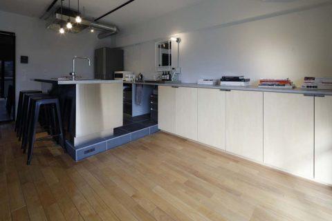マンションリノベーション、東京リノベ、リビング収納、キッチン収納、洗面化粧台