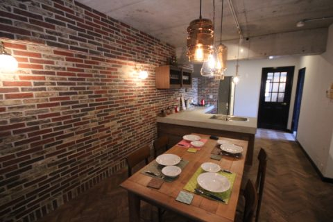 マンションリノベーション、アズ建設、アンティークタイル、オープンキッチン、ブルックリン
