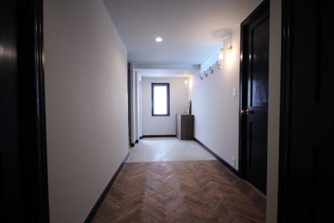 マンションリノベーション、アズ建設、玄関土間、玄関収納、ヘンリボーン