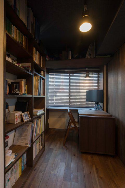 マンションリノベーション、H2DO一級建築士事務所、おこもり感、ワークスペース、リビング書斎