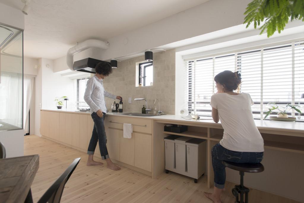 マンションリノベーション、ゼロリノベ、多目的キッチン、オープンキッチン、窓辺キッチン