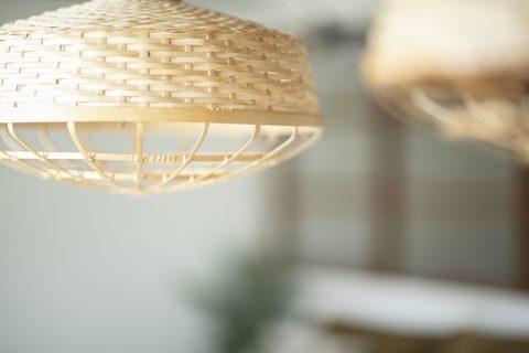 マンションリノベーション、ハコリノベ(SUN REFORM)、竹のシェード、編みシェード、和ペンダント照明